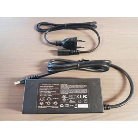 - PowerOak PS5 charger 29.4V 2.0A 60W - Connectivity - P5-ADT